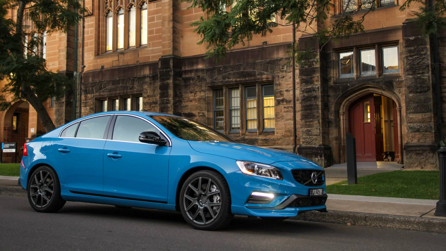 volvo s60 polestar review 2014 chasing cars. Black Bedroom Furniture Sets. Home Design Ideas