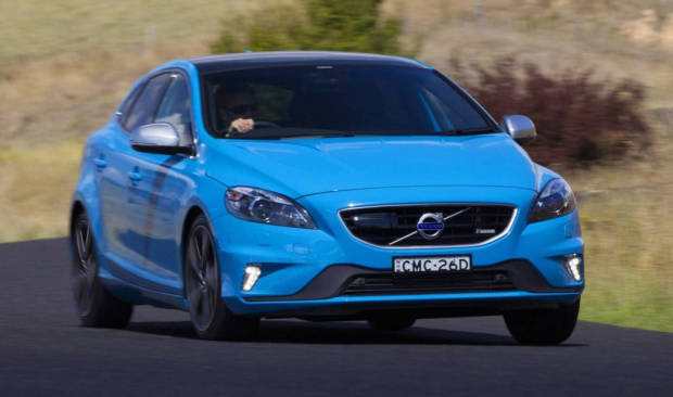 14/Volvo/V40/T5 R Design/Press/F34
