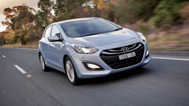 13/Hyundai/i30/Premium/Press/F34