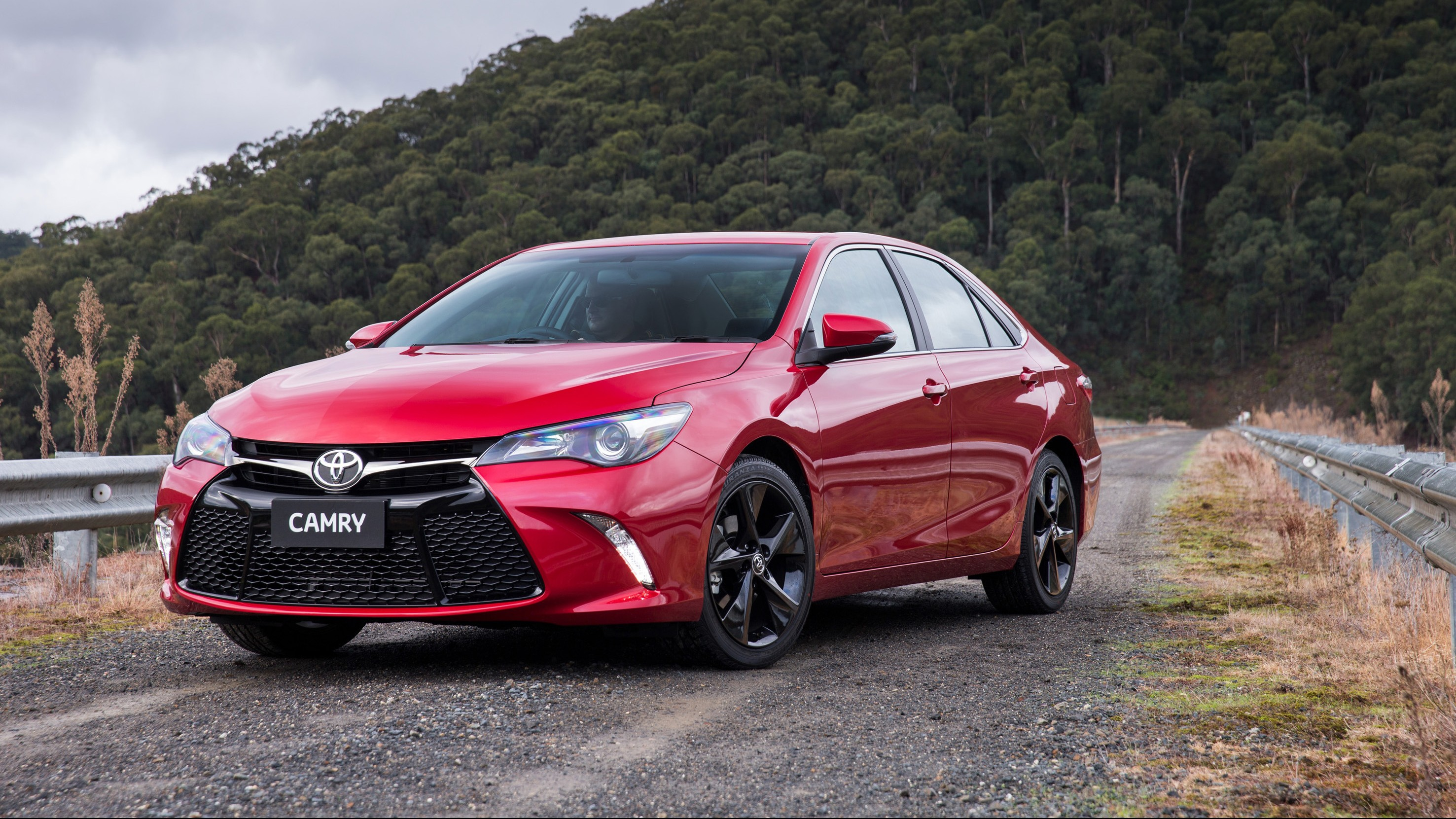 2015 toyota camry australian price and specs chasing cars. Black Bedroom Furniture Sets. Home Design Ideas