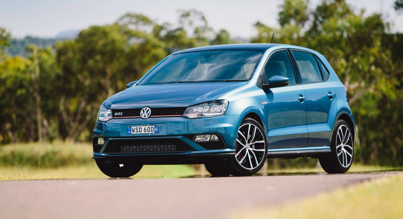 volkswagen polo gti 2016 gets new adjustable suspension. Black Bedroom Furniture Sets. Home Design Ideas