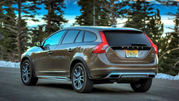 2016 volvo v60 cross country price and specs for australia. Black Bedroom Furniture Sets. Home Design Ideas