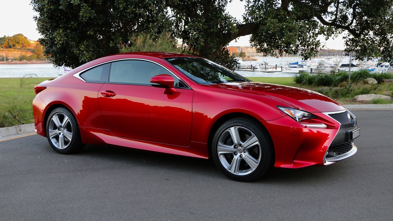 2016 Lexus RC 200t Review