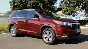 2016 Toyota Kluger Review