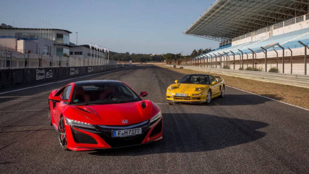 Old versus New Honda NSX - Chasing Cars