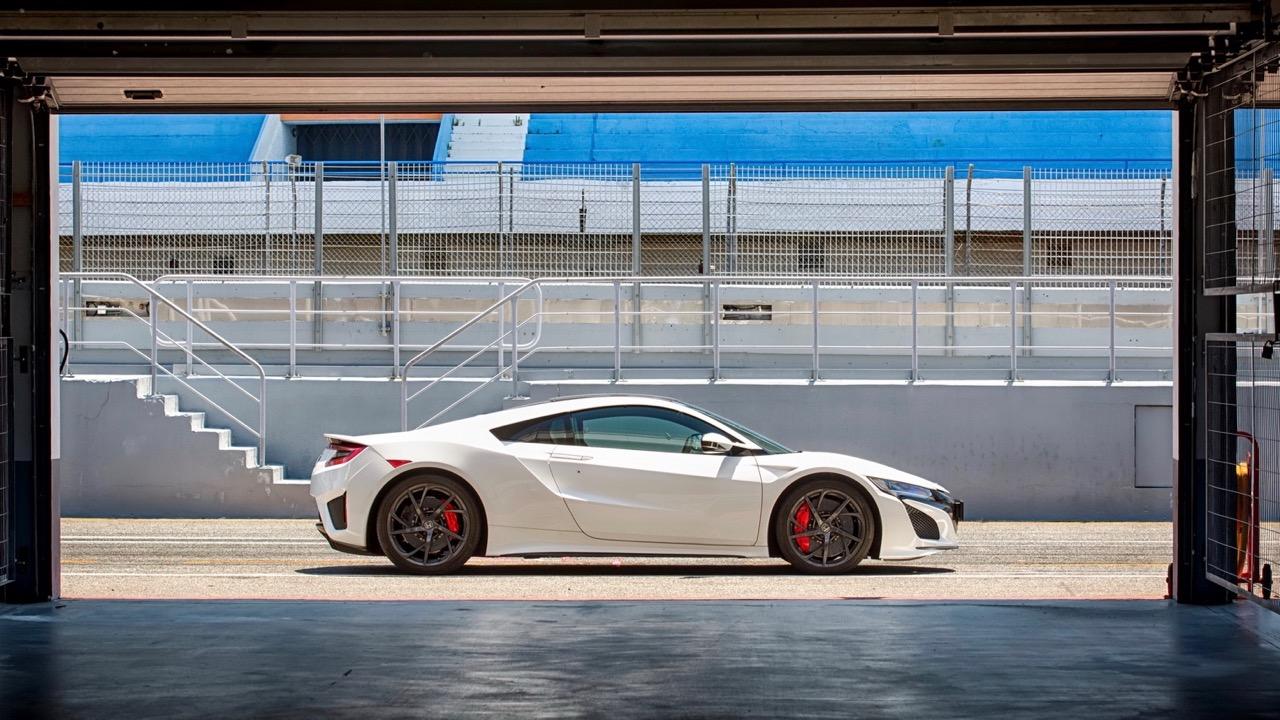 2017 Honda NSX - Chasing Cars