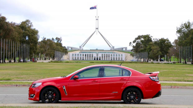 2016 Holden Commodore SS-V Redline Review - Chasing Cars