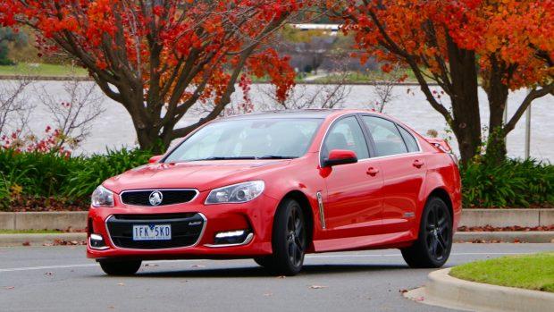 2016 Holden Commodore SS-V Redline Review - Chasing Cars