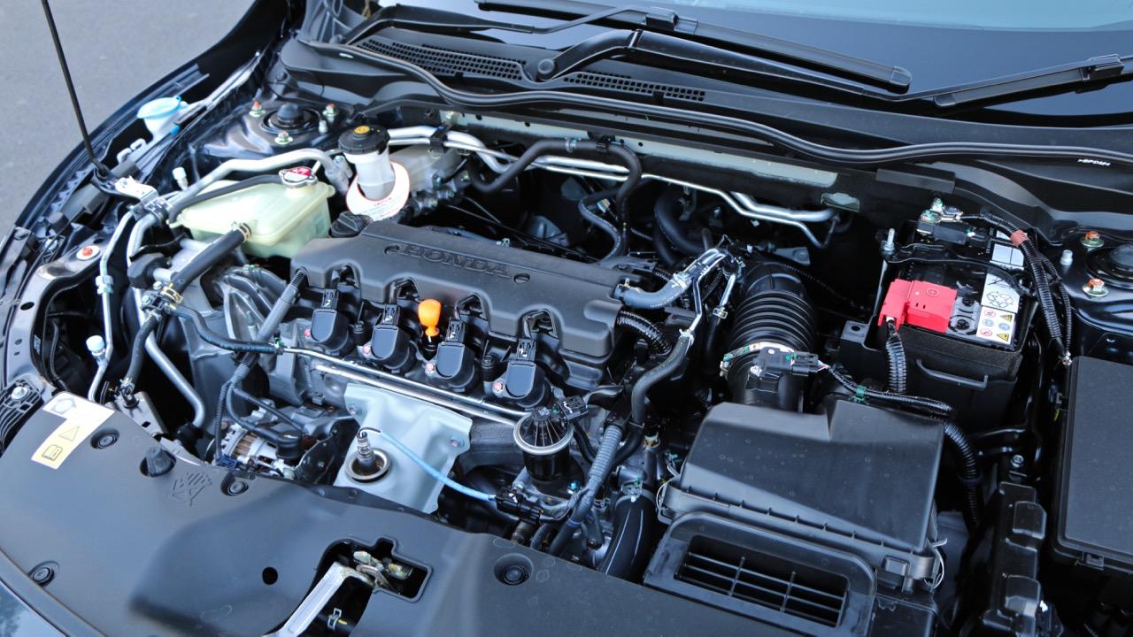 2016 Honda Civic Review - Chasing Cars