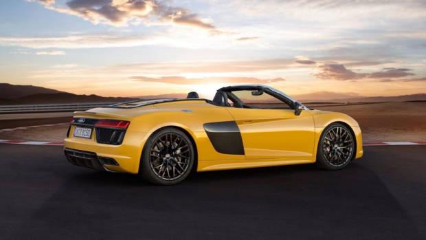 2017 Audi R8 Spyder - Chasing Cars