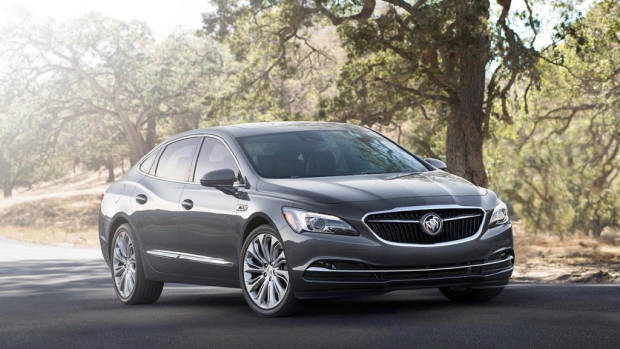 2017 Buick LaCrosse - Chasing Cars