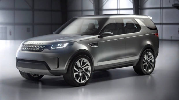 2017 Land Rover Discovery Concept - Chasing Cars