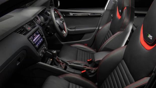 2017 Skoda Octavia RS230 seats