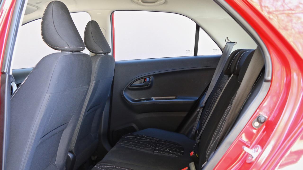 2017 Kia Picanto back seat space