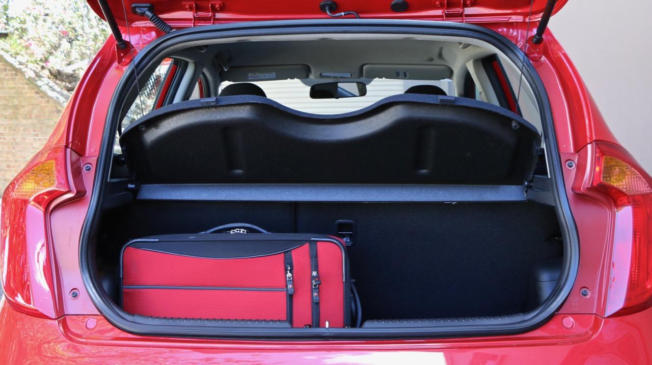 2017 Kia Picanto boot space