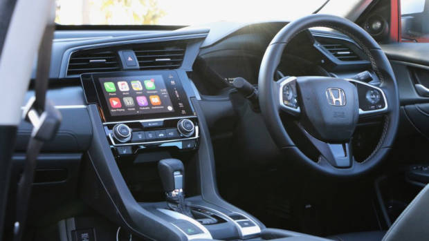 2017 Honda Civic VTi-LX interior