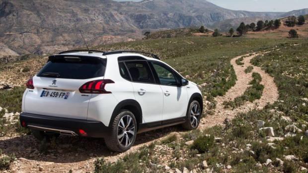 2017 Peugeot 2008 Australia –Chasing Cars
