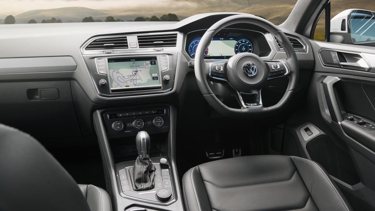 2017 Volkswagen Tiguan 162TSI interior