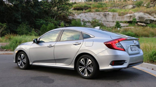 Silver 2017 Honda Civic rear end