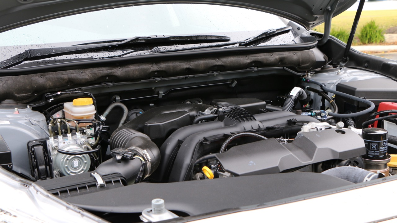 2017 Subaru Outback 2.5 litre engine – Chasing Cars
