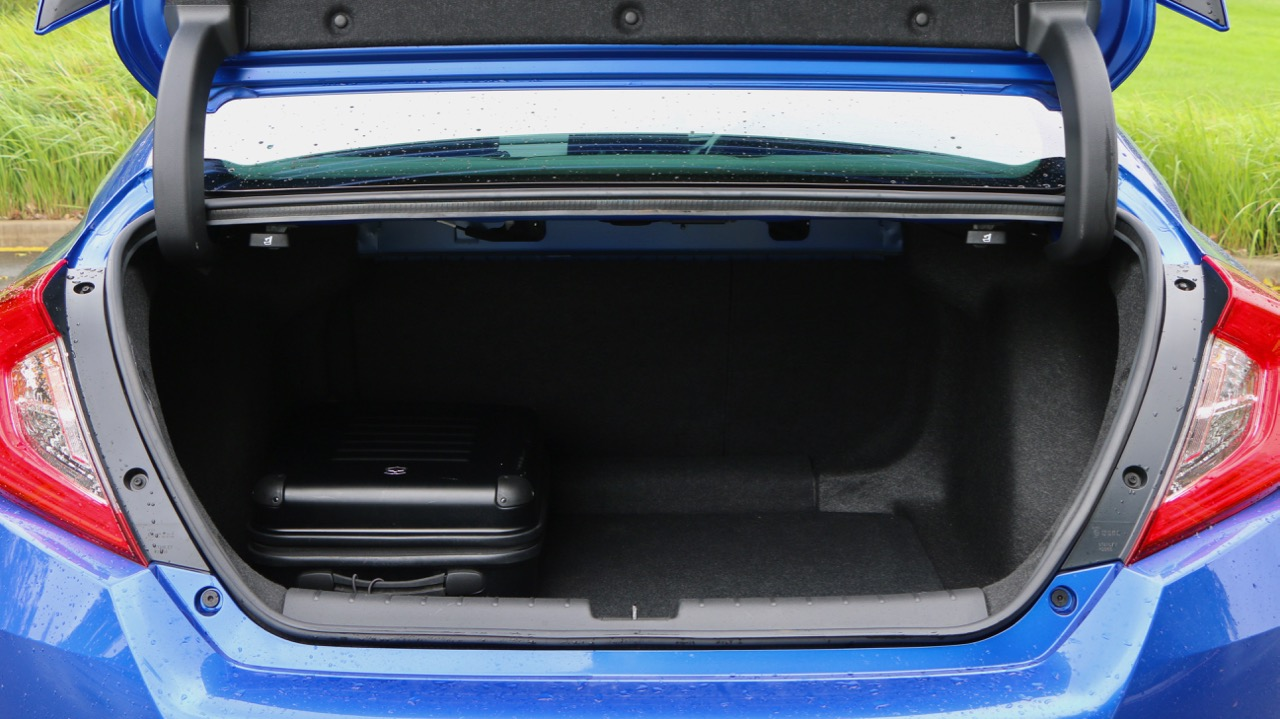 2017 Honda Civic RS Boot Space