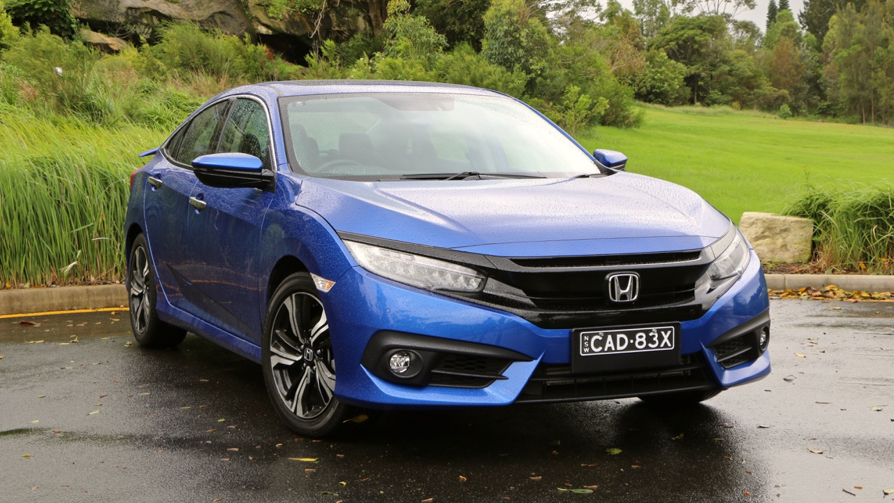 2017 Honda Civic RS Brilliant Sporty Blue Front End