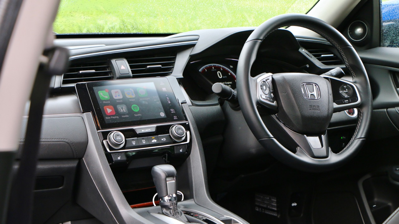 2017 Honda Civic RS Dashboard
