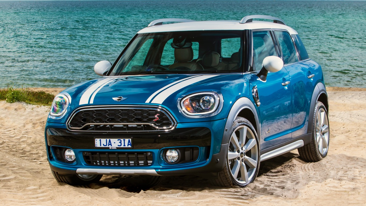 2017 MINI Countryman Cooper SD Island Blue Front End