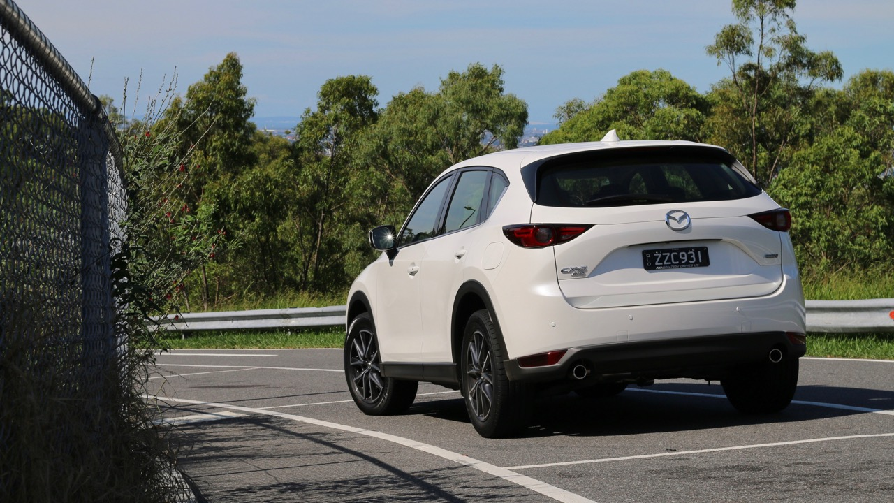 2017 Mazda CX-5 GT Snowflake White Pearl Rear End