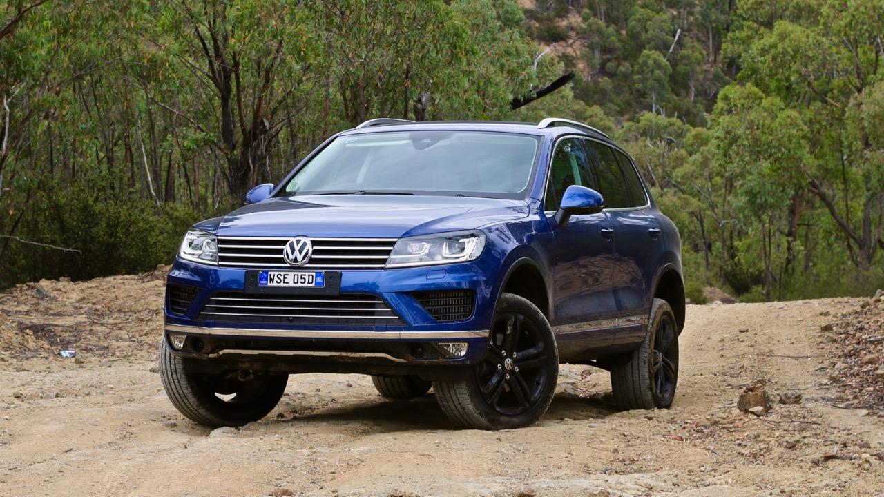 2017 Volkswagen Touareg Wolfsburg Reef Blue Off Road
