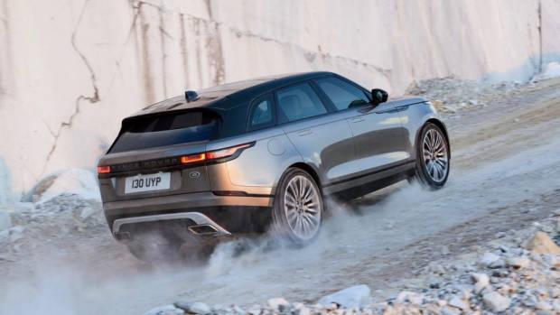 2018 Range Rover Velar Rear End – Chasing Cars