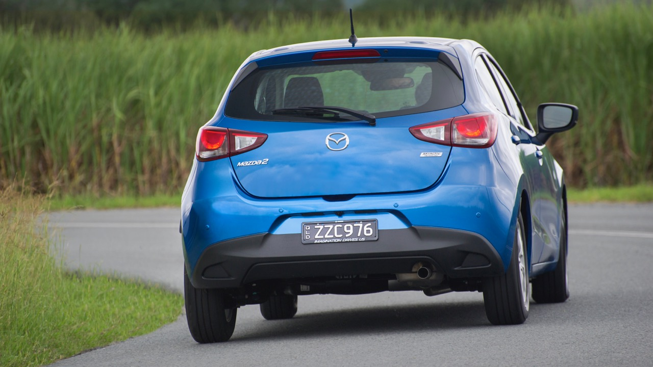 2017 Mazda 2 Maxx Hatch – Chasing Cars