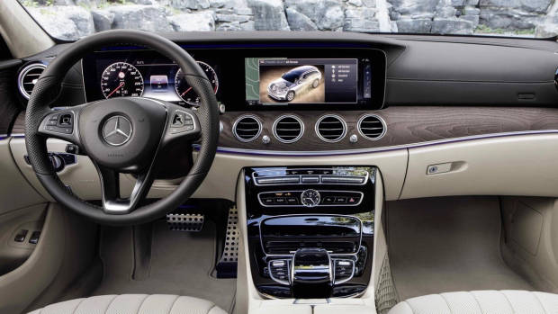 2017 Mercedes-Benz E-Class All Terrain interior
