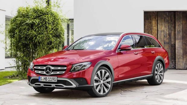 2017 Mercedes-Benz E-Class All Terrain red front