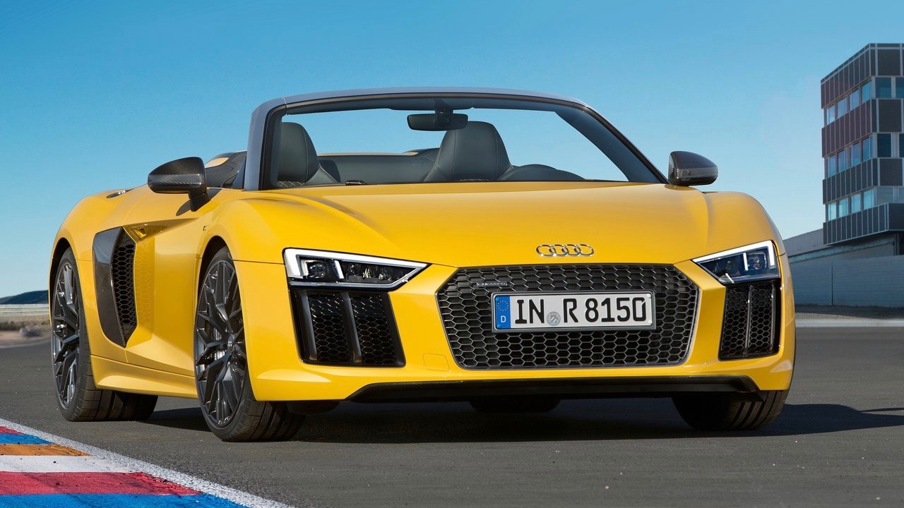 2017 Audi R8 V10 Spyder yellow front