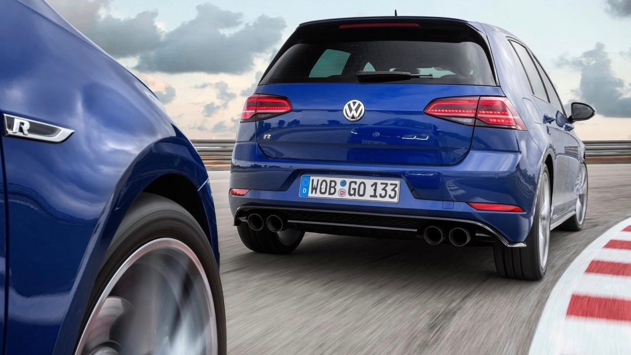 2017 Volkswagen Golf R 7.5 Hatch – Chasing Cars
