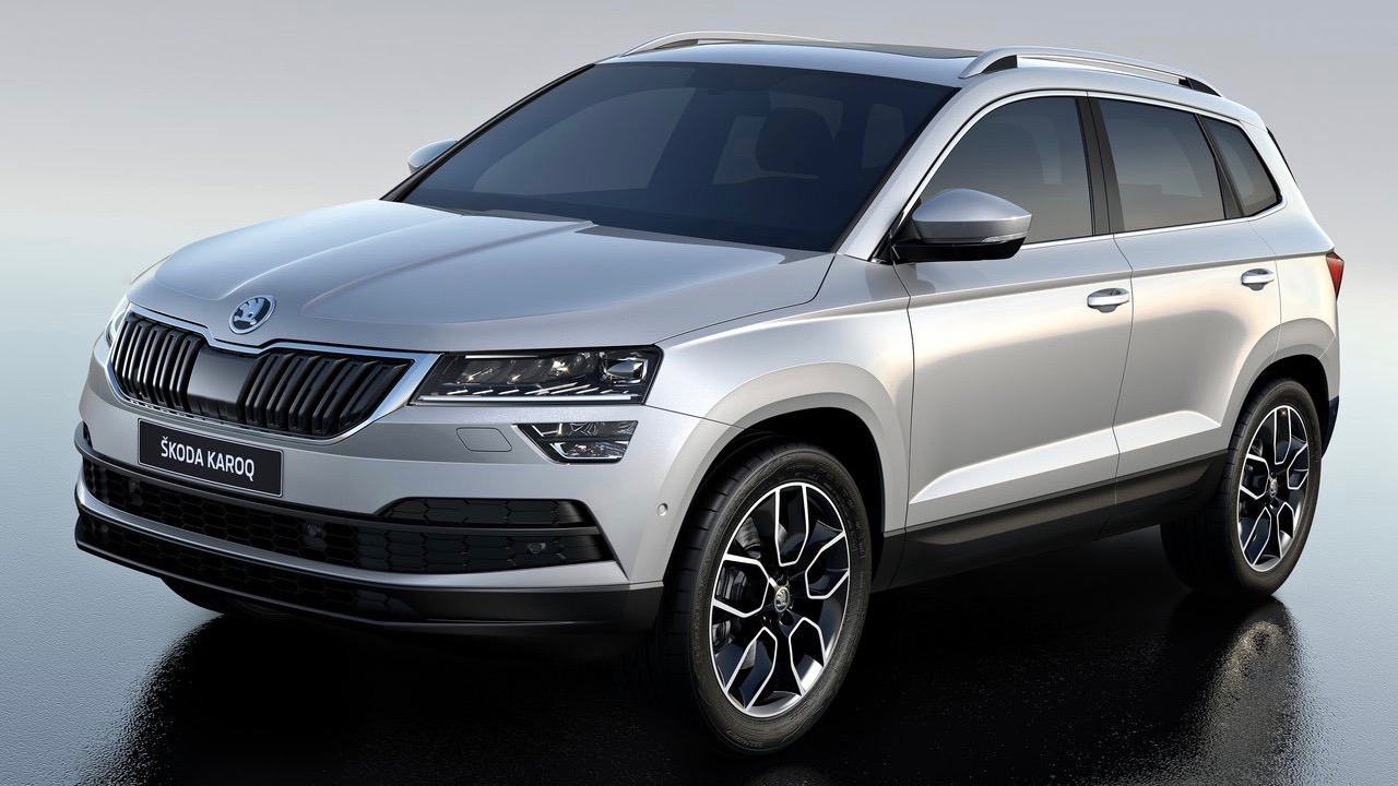 2018 Skoda Karoq white front side