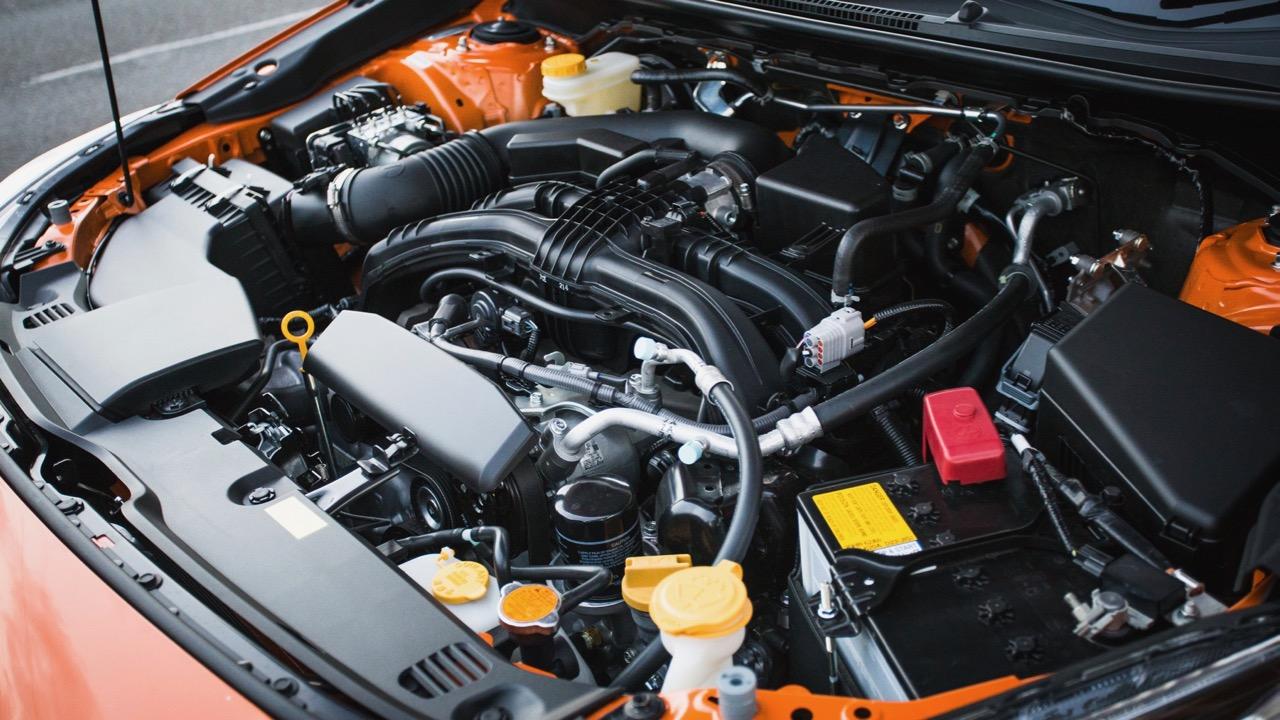 2018 Subaru XV 2.0-litre engine – Chasing Cars