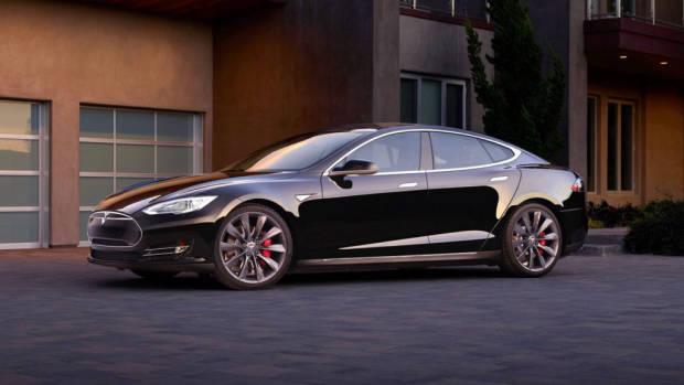 2017 Tesla Model S Black –Chasing Cars