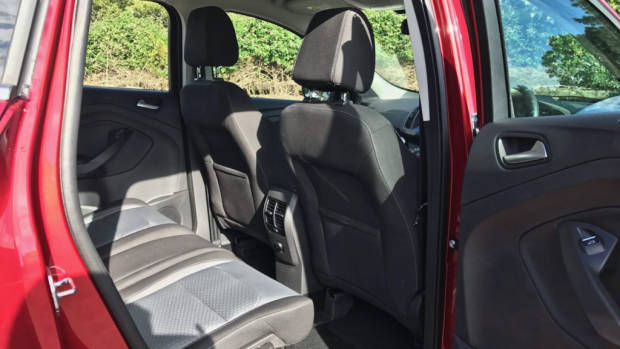 2017 Ford Escape Ambiente Back Seat – Chasing Cars