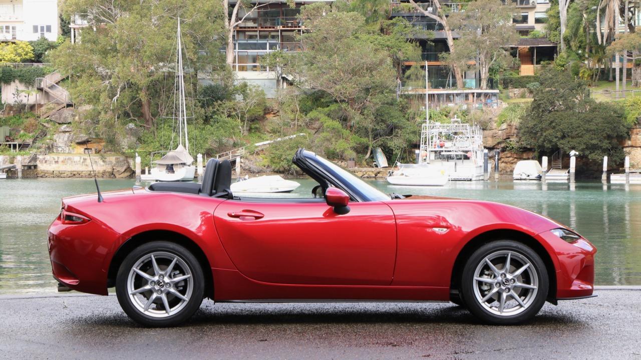 2017 Mazda MX-5 1.5 Roadster Soul Red Side Profile