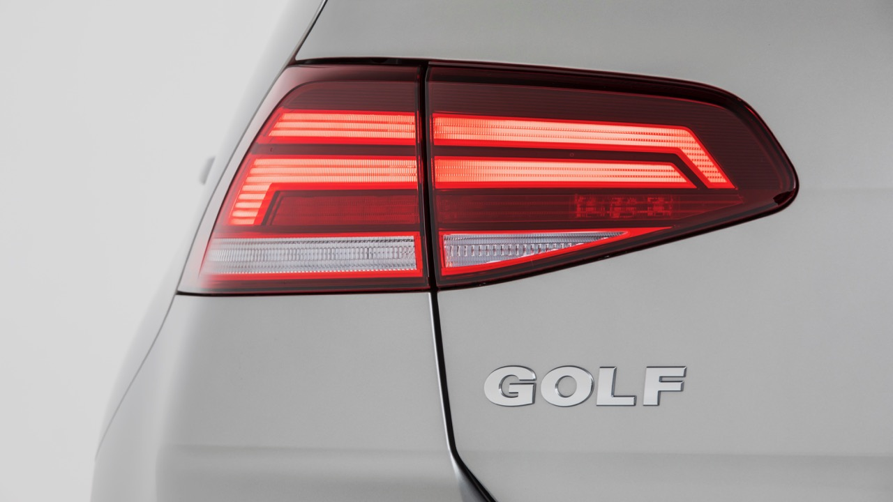 2017 Volkswagen Golf 7.5 110TSI Badge – Chasing Cars