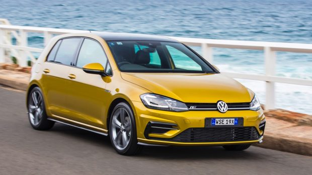2017 Volkswagen Golf 7.5 110TSI R-Line Front End Driving – Chasing Cars