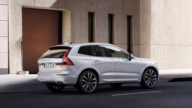 2017 Volvo XC60 T8 Polestar white rear