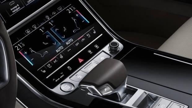 2018 Audi A8 centre console