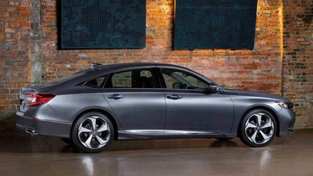 2018 Honda Accord grey rear