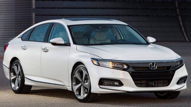 2018 Honda Accord white front