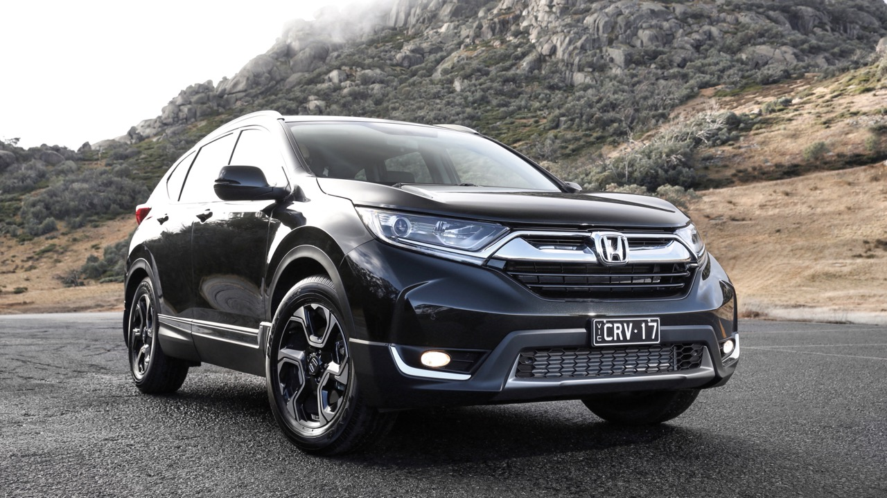 2018 Honda CR-V Crystal Black front end – Chasing Cars