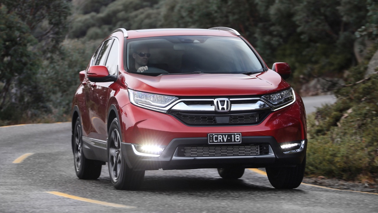 2018 Honda CR-V Passion Red front end driving