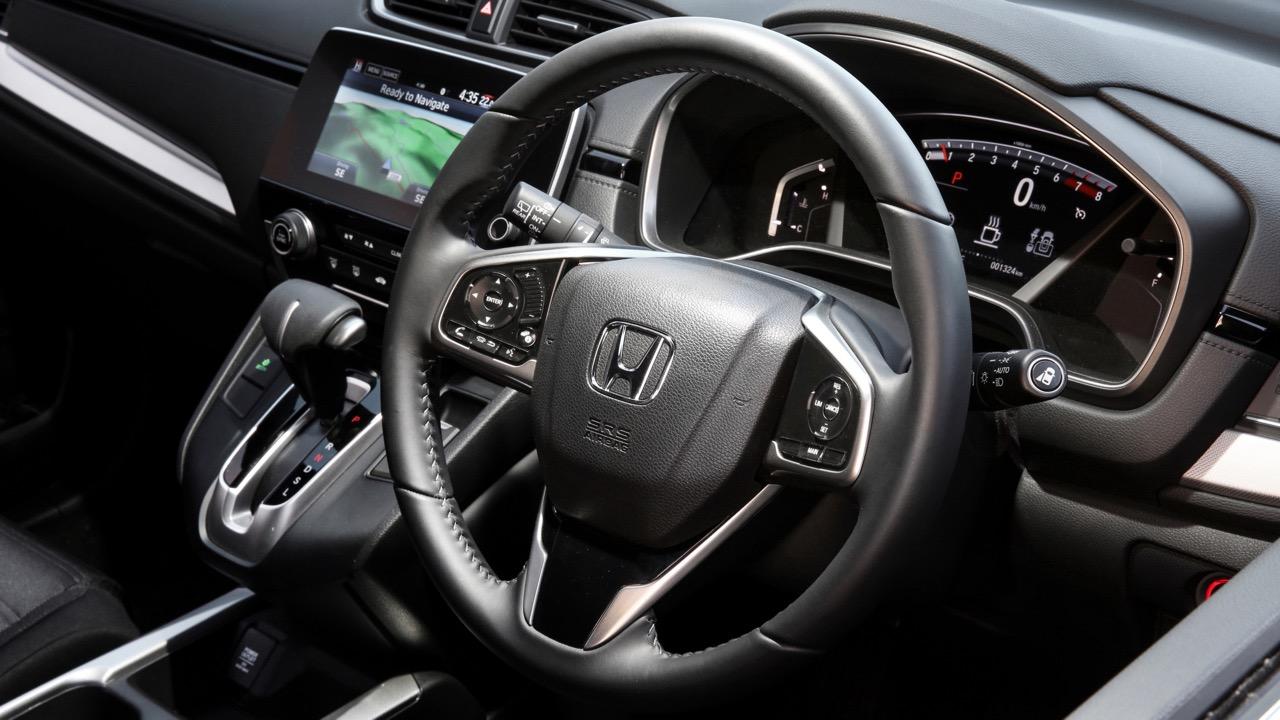 2018 Honda CR-V leather steering wheel